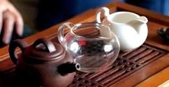 Уход за чайной посудой: как и чем мыть фарфоровый, стеклянный и глиняный чайники