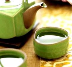 Чай из бадана: полезные свойства, противопоказания, рецепт